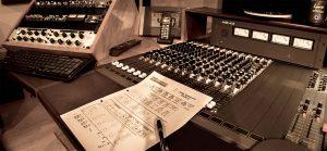 mastering_desk_note
